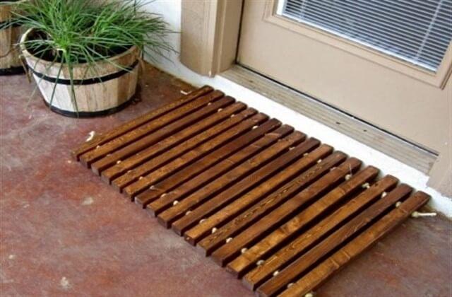 дверной деревянный коврик