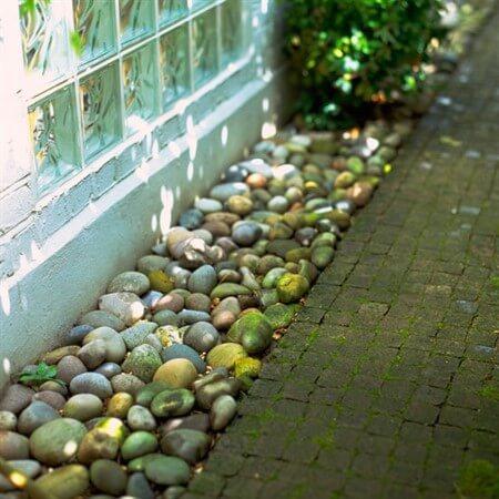 Ландшафтный дизайн дачного участка при помощи камней