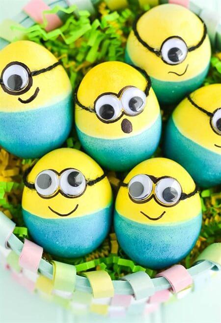 красим яйца на Пасху оригинальные